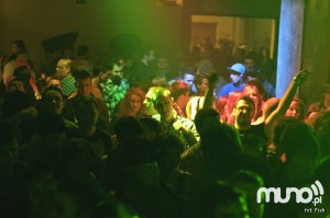 jam-club-csg-20101204-015