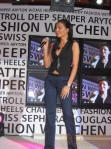 pozna_plaza_fashion_show_8_20090304_1778898613